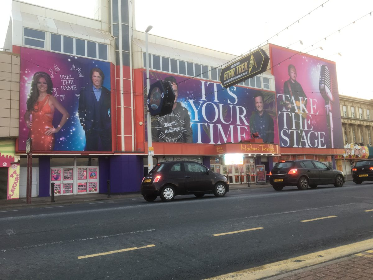 madame tussauds banner graphics signage