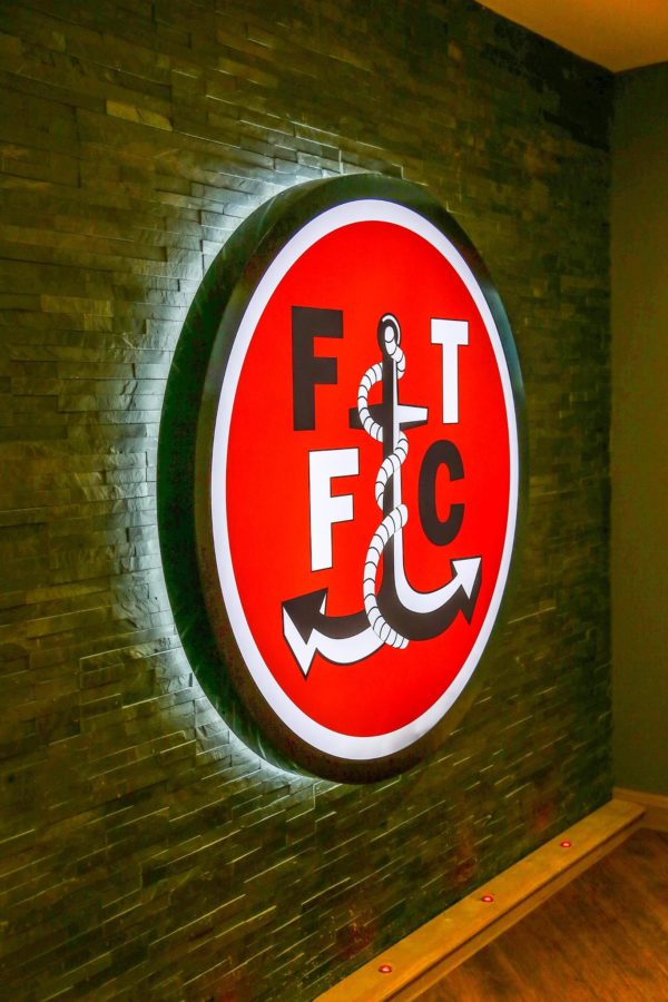 ft fc illuminated logo panel