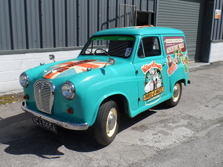 Wallace and Gromit Vehicle Graphics
