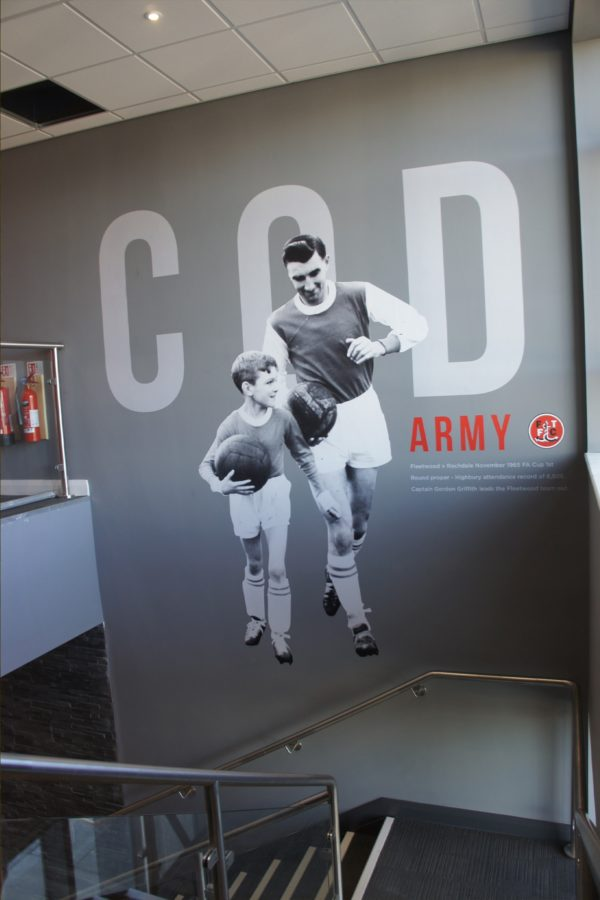 wall graphics cod army