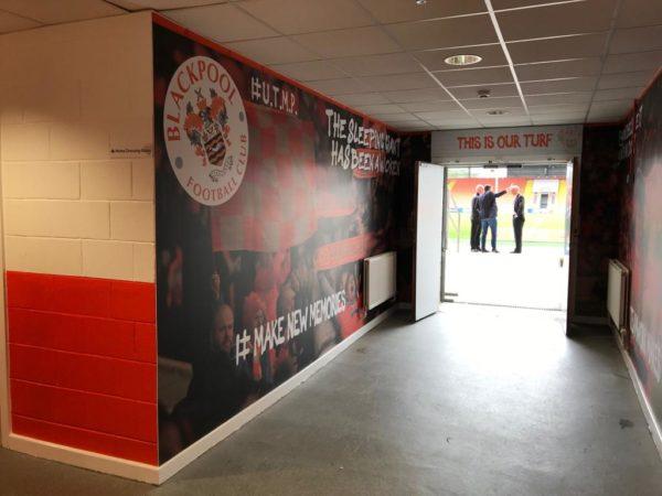 Tunnel Graphics